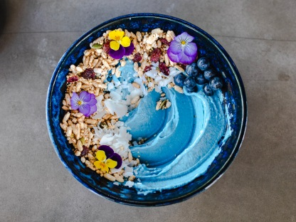 concrete-jungle-blue-smoothie-bowl
