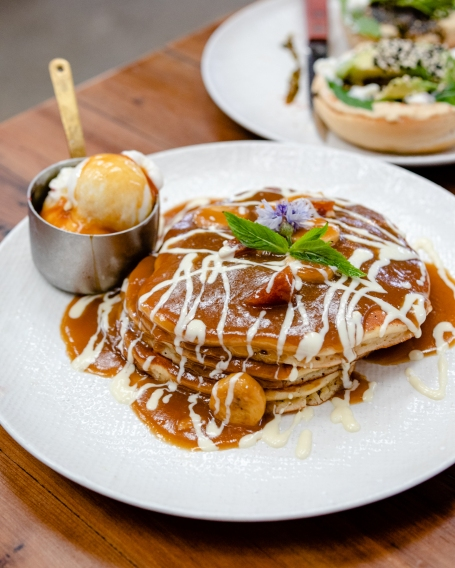Frankies-Banana-Butterscotch-Pancakes
